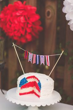 usa themed wedding cake