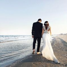 Love the dress ❣️ seaside husband and wife. About wedding and love