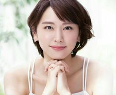 Yui Aragaki is a Japanese Actress. Cute Japanese, Japanese Beauty, Japanese Girl, Asian Beauty, World Most Beautiful Woman, Beautiful Asian Women, Cute Girls, Cool Girl, Girl Artist