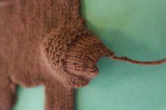 DU ZUERST: Gestrickter Esel und gestricktes Pferd Animal Knitting Patterns, Winter Hats, Crochet, Crafts, Montessori, Business, Kids, Knitted Animals, Free Pattern