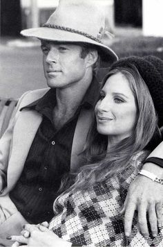 Barbra Streisand and Robert Redford for The Way We Were directed by Sydney Pollack, 1973 Hollywood Actor, Hollywood Stars, Classic Hollywood, Old Hollywood, Robert Redford, Movie Couples, Famous Couples, Santa Monica, Movie Stars
