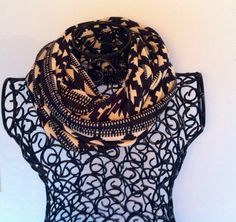 Black and cream Aztec cowl by EnchanteeDesigns on Etsy, $35.00