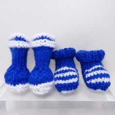 Bottes de pluie et chaussons pour poupée, en laine