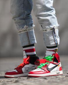 d16102832ffc OFF-WHITE Air Jordan 1 Air Jordan Sneakers