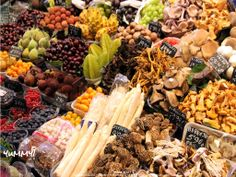 Yummy... fresh products to die for --- (c) KlearchosKapoutsis   5381818131_7e80d19bd5_b in FLICKR   CC BY 2.0 and CC BY-SA 2.0 licenses