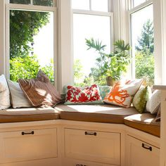 window bench with drawers for kitchen Home Design, Pictures, Remodel, Decor and Ideas - page 19 Houzz.com