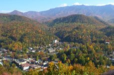 Gatlinburg Sky Lift - Experience the Views! Following an exhilarating ride to the mountain's top, enjoy the sights of Gatlinburg! #gatlinburg #skylift