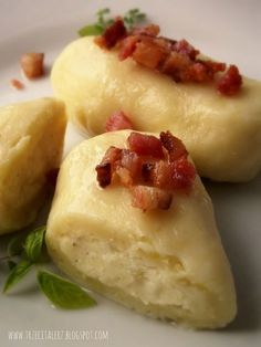 "Pierogi ""Szwaby wiejskie"" - kuchnia podkarpacka"" Amish Recipes, Cooking Recipes, Cooking Roast Beef, Deli Food, Food Humor, Fish Dishes, Special Recipes, My Favorite Food, Food Inspiration"