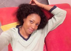 Photo of the day? Yvonne Nelson takes selfie...