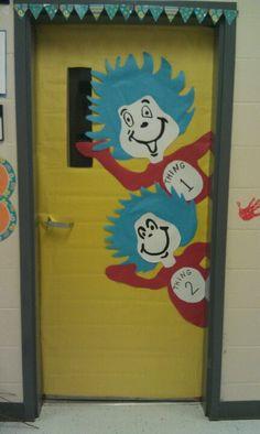 Dr seuss classroom door decorations cats 45 super Ideas Best Picture For Dr Seuss Bulletin Board tea Dr. Seuss, Dr Seuss Week, Classroom Door, Classroom Themes, Classroom Displays, Dr Seuss Bulletin Board, Dr Seuss Activities, Sensory Activities, Book Activities