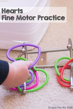 Fine Motor Activities for Toddlers: Quick and simple Hearts Fine Motor Practice for young toddlers! Perfect for Valentine's Day or just for fun. Toddler Fine Motor Activities, Educational Activities For Kids, Indoor Activities For Kids, Learning Activities, Teaching Ideas, Valentine Activities, Valentine Crafts For Kids, Kids Crafts, Daycare Themes