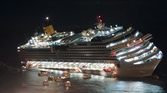 Costa Concordia salvage: Divers find more human remains near wreck
