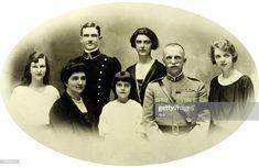 King of Italy Vittorio Emanuele III with his family Princess. Maria Jose, Montenegro, Charles Emmanuel, House Of Savoy, King Of Italy, Italy House, Royals, Genoa, Sardinia