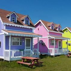 Little Cottages on Hatteras Island, North Carolina- how stinkin cute, I want to live there!