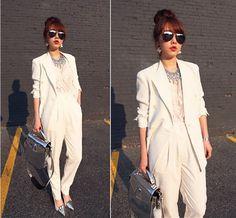 November 2012 finds #allwhite #white #schoolfashion #blazer