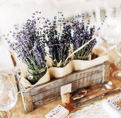 Assim como há diversas espécies de flores para usarmos em casa, as combinações que montam arranjos de mesa podem ser infinitas – veja dez das nossas favoritas