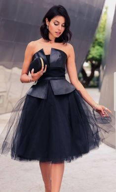 Make a Classy entrance with this beautiful tutu black dress Stylish Dresses, Elegant Dresses, Vintage Dresses, Beautiful Dresses, Black Tulle Skirt Outfit, Tulle Dress, Glamouröse Outfits, Classy Outfits, Black Outfits