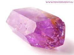 Kristálygyógyászat/Gyógyító kövek: Ametrin - Fényörvény.hu Health 2020, Minerals, Gemstones, Texture, Crystals, Zen, Crafts, Jewelry, Art