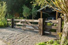 Precious Tips for Outdoor Gardens - Modern Farm Gate, Farm Fence, Fence Gate, Farm Entrance, Driveway Entrance, Front Gates, Entrance Gates, Country Fences, Gate House