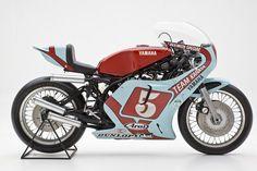 La TZ 750 è una moto da competizione costruita dalla Yamaha tra il 1974 e il 1979. Immaginate quando agli ingegneri giapponesi fu chiest...