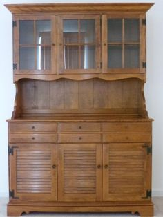 Ethan Allen Hutch Early American Solid Maple And Birch Excellent Condition