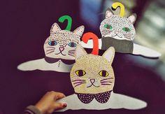 DIY, handmade hangers for kids – cats!