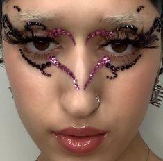 Edgy Makeup, Makeup Eye Looks, Creative Makeup Looks, Eye Makeup Art, Cute Makeup, Pretty Makeup, Makeup Inspo, Makeup Inspiration, Beauty Makeup