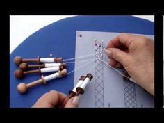 Jean Leader's demonstration of how to make leaf-shaped tallies in Bedfordshire bobbin lace. Lace Saree, Teneriffe, Bobbin Lacemaking, Bobbin Lace Patterns, Lace Heart, Tatting Lace, Earring Tutorial, Needle Lace, Lace Making