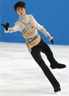 "Yuzuru Hanyu, Nebelhorn Trophy 2011, FS, Craig Armstrong's ""Romeo and Juliet""."