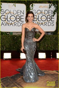 Kate Beckinsale is a Knightess in Shining Armor!  This Zuhair Murad gown earned her a best dressed nomination! #GoldenGlobes 2014 Red Carpet