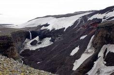 Lavafall in die Schlucht Hrunagil / Eyjafjallajökull - Island