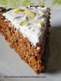 Oliwka w czekoladzie: Dietetyczne ciasto marchewkowe Vegan Junk Food, Healthy Vegan Desserts, Vegan Sweets, Healthy Baking, Sweet Recipes, Cake Recipes, Dessert Recipes, Sugar Free Cookies, Vegan Cake