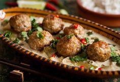 Húsgolyók házi zöldcurry-szószban Curry, Food And Drink, Ethnic Recipes, Nap, Bulgur, Curries