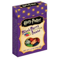 Every flavor BUT peanut! The official Harry Potter Bertie Bott's Every Flavor Beans are actually made by Jelly Belly, and like other Jelly Belly jelly beans, are peanut-free. Jelly Belly Harry Potter, Bonbon Harry Potter, Harry Potter Candy, Harry Potter Fiesta, Harry Potter Gifts, Harry Potter Birthday, Harry Potter Food, Harry Potter Bertie Botts, Dragées Surprises De Bertie Crochue