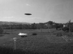 UFO Sightings, Mysterious Flying Objects That Cannot Be Explained By Science, far too many people have witnessed strange phenomenon in the skies all ove rthe world from airline pilots to police officers. Aliens And Ufos, Ancient Aliens, Paranormal, Black Knight Satellite, Ufos Are Real, Alien Crafts, Unidentified Flying Object, Ghost Images, Unexplained Mysteries