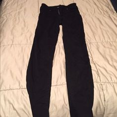 Black high waisted CARMAR jeans Jegging, tight  material LF Pants Skinny