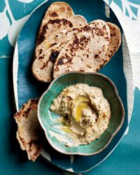 make your own flatbread and hummus - great way to your kids involved in the kitchen!