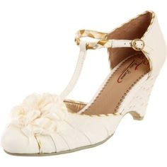Poetic Licence Women's Spitfire Pump - designer shoes, handbags, jewelry, watches, and fashion accessories | endless.com