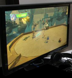 SONIC BOOM NEWS: Very high-res off-screen development pic of Sonic Boom Wii U reveals HUD  READ MORE HERE: http://www.sonicstadium.org/2014/04/very-high-res-off-screen-development-pic-of-sonic-boom-wii-u-reveals-hud/  So looks like I spot Amy and Sonic in the screen shot