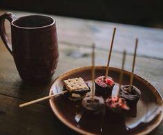 Diy gift: Hot cocoa stirrers