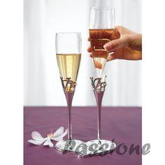 Flutes Casamento amoviveis base em coração, palavra LOVE recortada