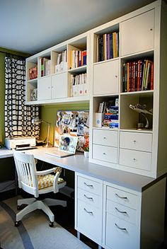 Scrapbooking room!  just a picture, wish there was more info.