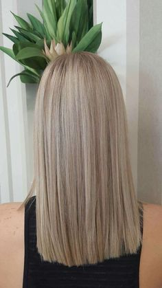 Empress Hair Sandgate - Amy - Perfect natural blonde, achieved with half head foils and toner Blonde Foils, Platinum Blonde Hair, Hair Inspo, Hair Inspiration, Medium Hair Styles, Short Hair Styles, Natural Makeup For Blondes, Blonde Hair Looks, Hair Highlights