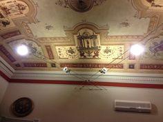 Illuminazione di soffitto con tesata incrociata