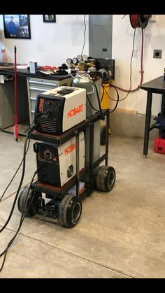 Unassuming stressed diy welding projects ideas click this over here now Welding Cart, Welding Rods, Diy Welding, Welding Table, Welding Design, Welding Shop, Welding Ideas, Working Area, Metal Working