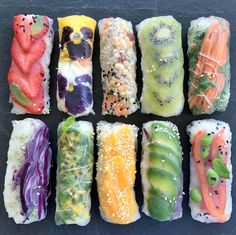 Up for a delicious #summer lunch? Turn to @thoughtfullymagazine on this #transformationaltuesday and you won't be disappointed! Live #organic live #sustainable.. live #healthy. | Fruit  veggie rice paper rolls: @raw_manda