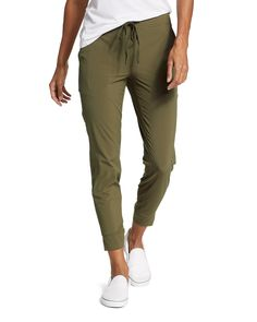 Women's Departure Jogger Pants - Dk Thyme - S Rashguard Swimsuit Women, Joggers Womens, Womens Hiking Pants, Womens Hiking Outfits, Cute Hiking Outfit, Jogger Pants Outfit, Green Joggers, Parka Style, Summer Work Outfits