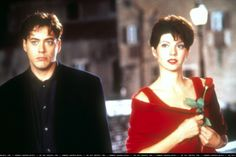 Robert Downey Jr. as 'Peter Wright' and Marisa Tomei as 'Faith Corvatch' in Only You (1994)