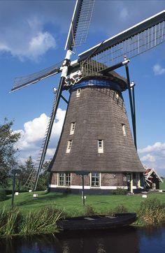 Blauwe molen Hoogmade