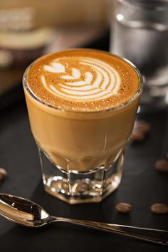 Joud Cafe serves the best coffee locally available with a taste of the UAE roasted into every bean. Best Specialty Coffee Shop in Abu Dhabi. Coffee Latte Art, Coffee Cafe, Espresso Coffee, Best Coffee, Coffee Drinks, Coffee Tin, Decaf Coffee, Coffee Creamer, Coffee Pods